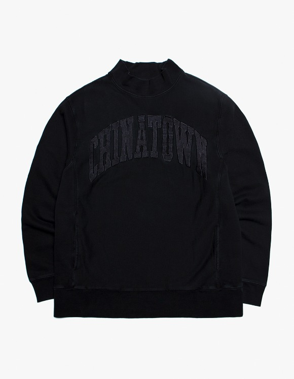 Chinatown Market Arch Mock Crewneck - Black | HEIGHTS. | 하이츠 온라인 스토어