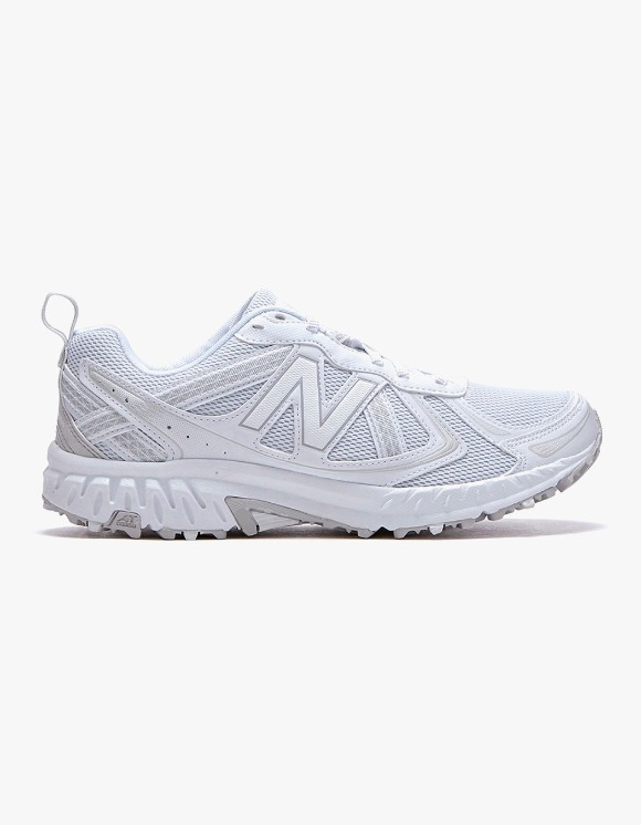 New Balance MT410V5 - White | HEIGHTS. | 하이츠 온라인 스토어