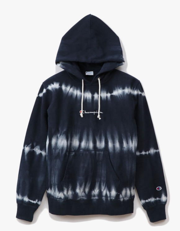 Champion REVERSE WEAVE® 10oz Tie Dye Pullover - Navy | HEIGHTS. | 하이츠 온라인 스토어