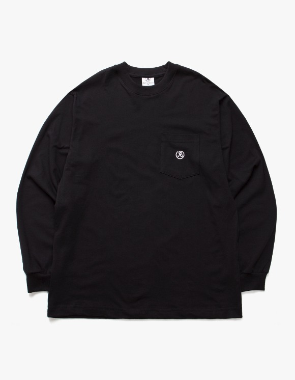Richardson Longsleeve Pocket Tee - Black | HEIGHTS. | 하이츠 온라인 스토어