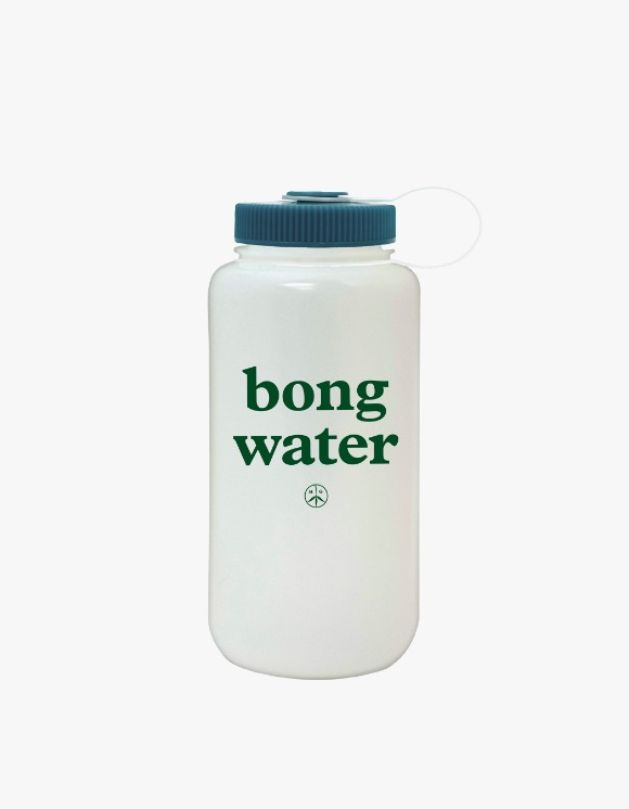 Mister Green Bong Water Bottle - Teal | HEIGHTS. | 하이츠 온라인 스토어