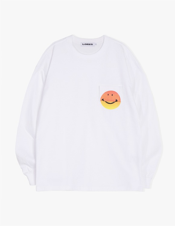 Lores Smile Pocket L/S Tee - White | HEIGHTS. | 하이츠 온라인 스토어