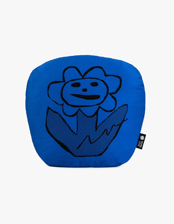 Balansa X More Love By Kentaro Flower Cushion - Blue | HEIGHTS. | 하이츠 온라인 스토어