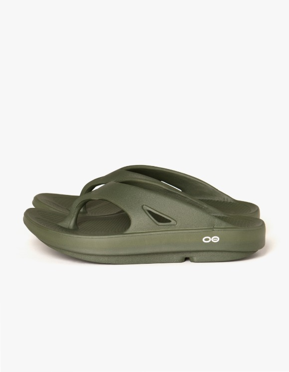 OOFOS Healing Flip Flop Slipper - Forest Green | HEIGHTS. | 하이츠 온라인 스토어
