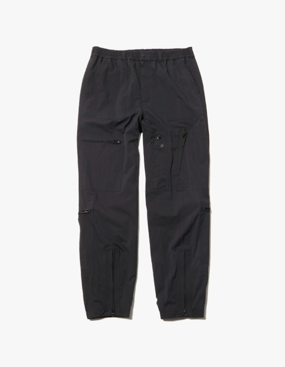 LORES Nylon Parachute Pants - Black | HEIGHTS. | 하이츠 온라인 스토어
