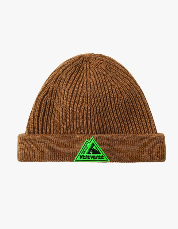 yeseyesee Y.E.S Carpenter Beanie - Camel | HEIGHTS. | 하이츠 온라인 스토어